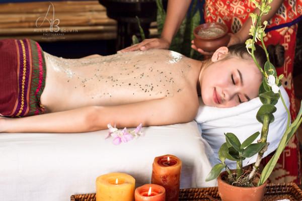 massage and body scrub